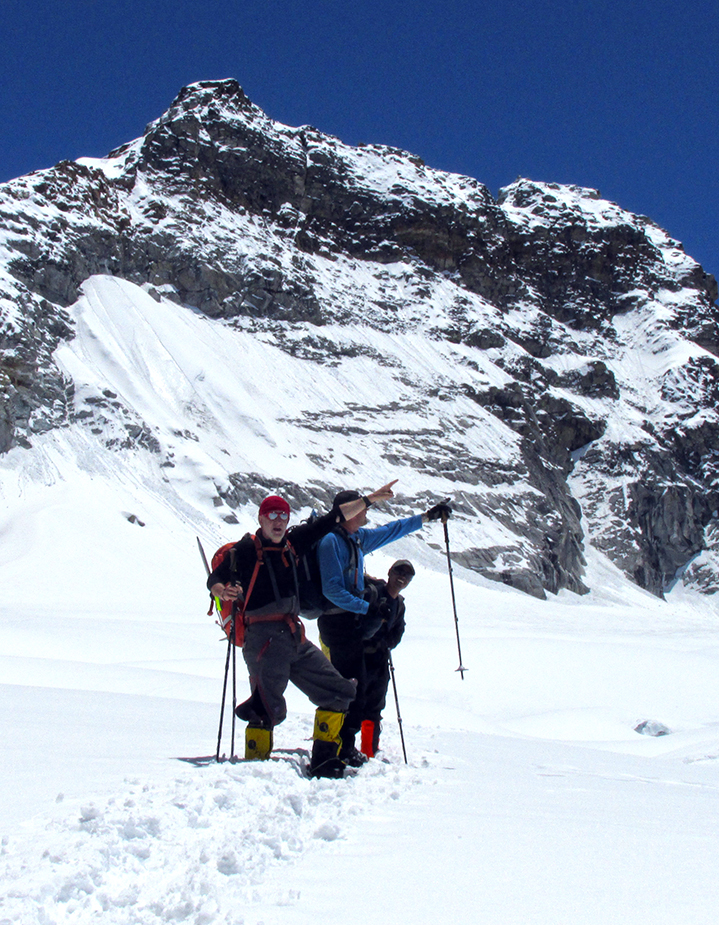 Mera Peak (6476 m) Expedition