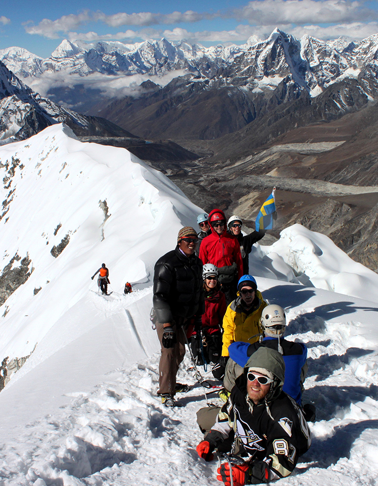 Island Peak (Imja Tse) Expedition (6189 m)