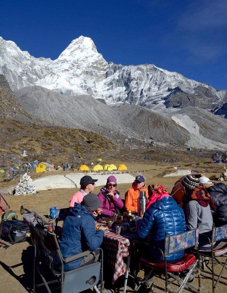 Everest Offbeat trek with Renjola, Gokyo and Amadablam Base Camp